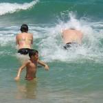 10 naravnih sredstev v boju proti sončnim opeklinam